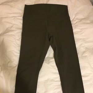 lululemon High Times 7/8 pant (olive green)